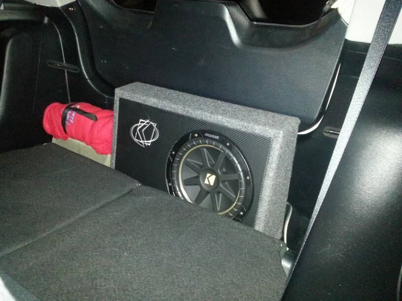 How do i hook up 4 speakers to an amp