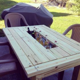 Charming ... Patio Table Beer/Wine Cooler! Image 49